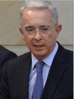 Daniel Coronell y Álvaro Uribe