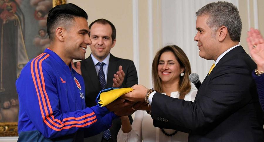 Falcao García, Ernesto Lucena., María Juliana Ruiz e Iván Duque
