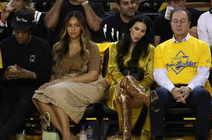 Jay-Z, Beyonce, Nicole Curran yJoseph S. Lacob