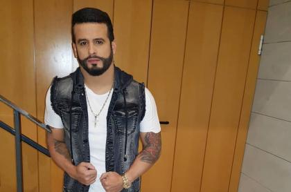 Neson Velásquez, cantante.