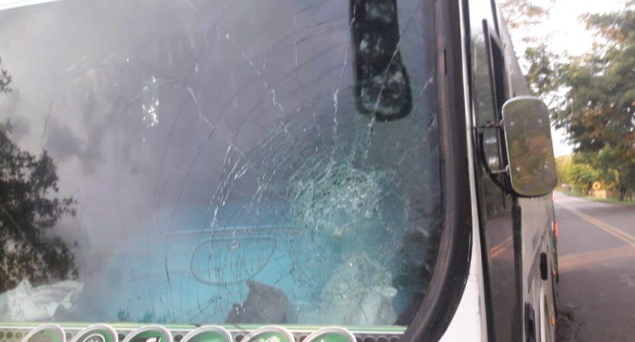 Bus de hinchas de Junior atacado