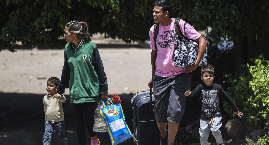 Migrantes venezolanos: adultos y niños