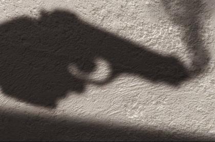 Pistola. Robo. Asesinato.