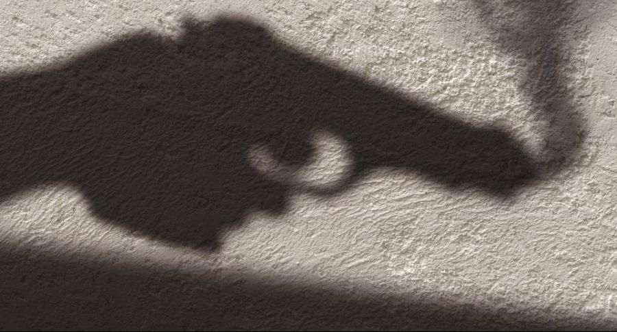 Pistola, asesinato.