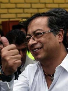 Petro seguirá más que vivo en el Congreso: mantienen su investidura de senador