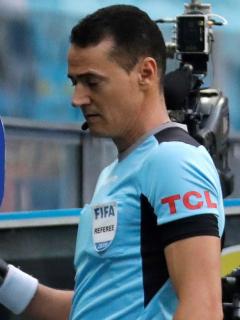 Video: la polémica jugada con la que se estrenó el VAR en final entre América y Junior