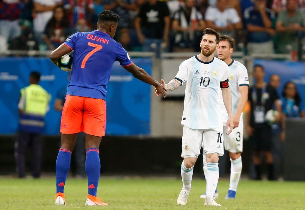 Duván Zapata y Lionel Messi