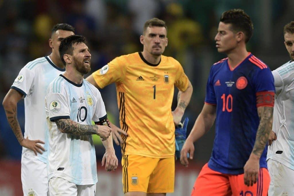 James Rodríguez y Lionel Messi