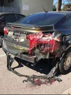 Carros derritiéndose