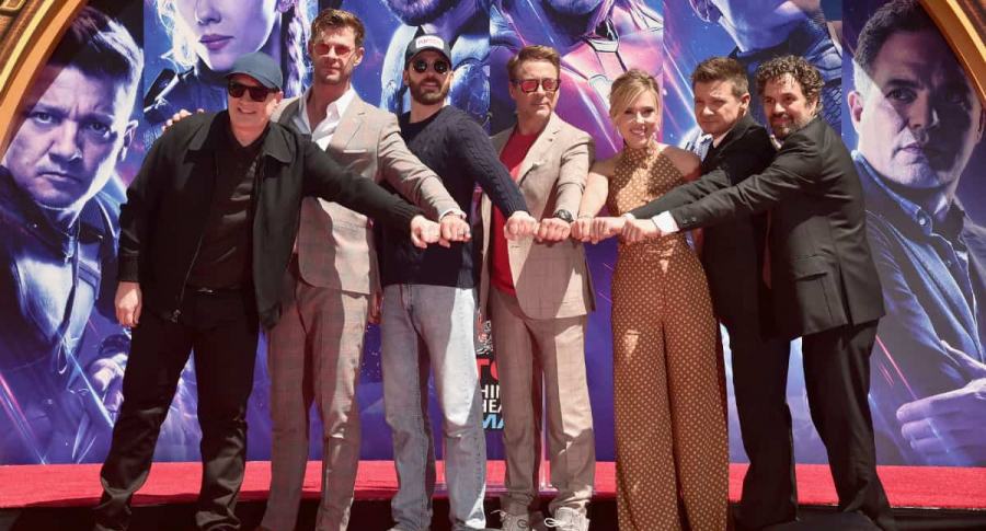 Kevin Feige, Chris Hemsworth, Chris Evans, Robert Downey Jr., Scarlett Johansson, Jeremy Renner y Mark Ruffalo.