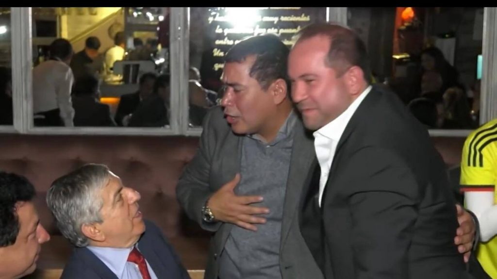 Alejandro Chacón celebrando