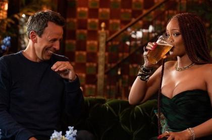 Seth Meyers y Rihanna