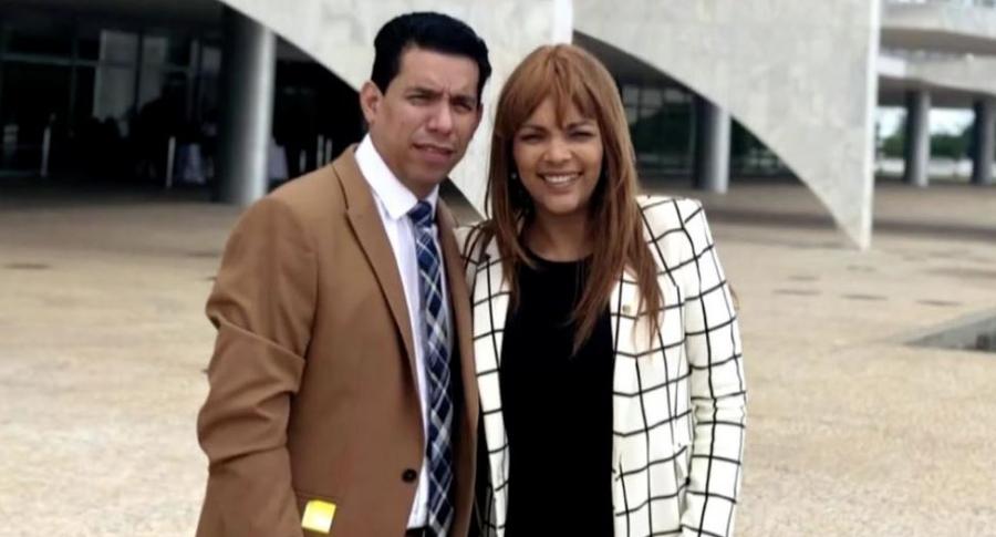 Anderson do Carmo y esposa