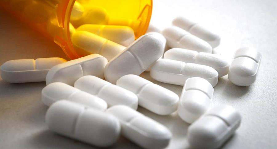 Medicamentos. Pastillas. Frasco de pastillas.
