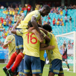 Colombia celebra gol contra Paraguay
