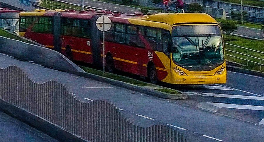 Bus de Transmilenio.