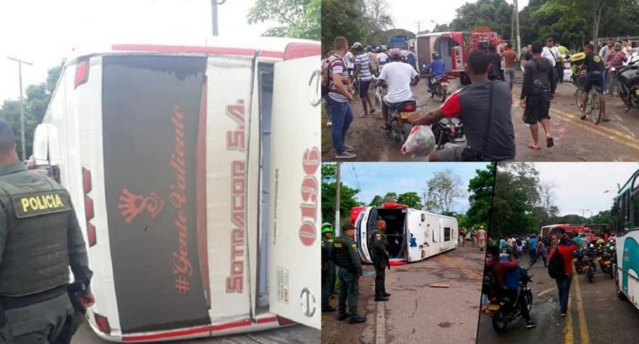 Bus volcado en ruta Montería Cartagena. Imágenes tomadas de Twitter