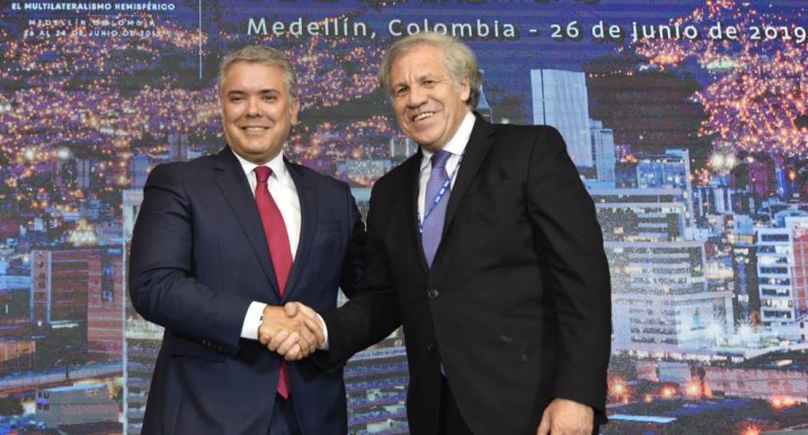Iván Duque y Luis Almagro