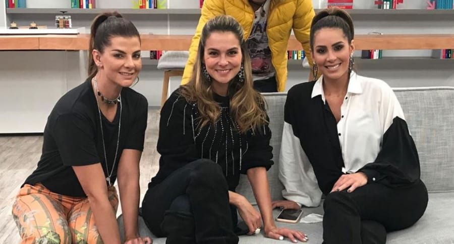 Carolina Cruz, Catalina Gómez y Carolina Soto, presentadoras.