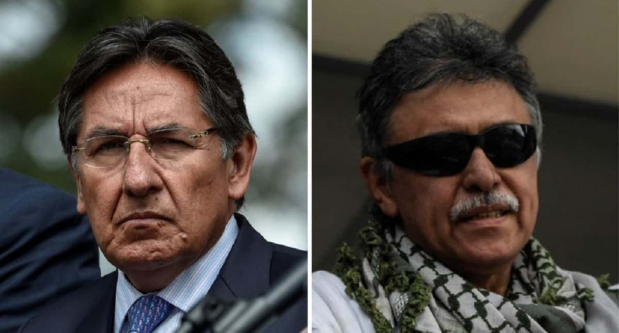 Néstor Humberto Martínez y 'Jesús Santtrich'