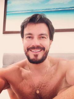 Luciano D'Alessandro quiere casarse y ser papá, pero está soltero (y así busca su pareja)