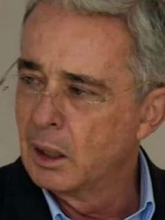 Carlos Enrique Areiza y Álvaro Uribe