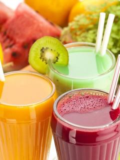 Más de un vaso diario de jugo cuenta como bebida azucarada y aumenta riesgo de cáncer