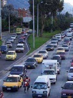 Uno de los vehículos más populares en Colombia salió del top 3 en ventas