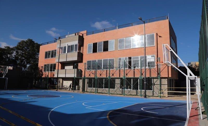 Colegio público (Bogotá)