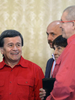 Vacaciones de jefes del Eln en Cuba: dan órdenes a tropas mientras beben mojitos