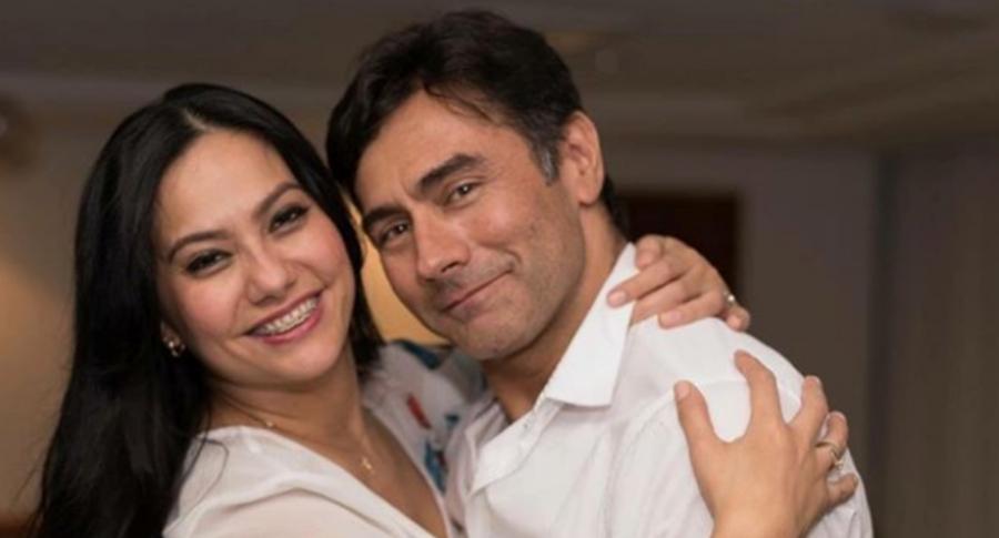 Mauro Urquijo, actor, y su exesposa Haychelt Benito.
