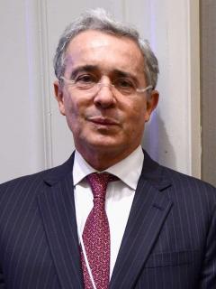 Procuraduría aboga para que Uribe no pierda su investidura de congresista