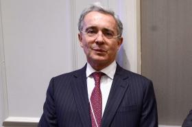 Procuraduría aboga para que Uribe no pierda su investidura como congresista