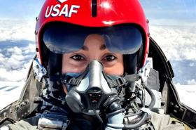 [Video] Así le fue a Mariana Pajón al cambiar BMX por avión supersónico F16