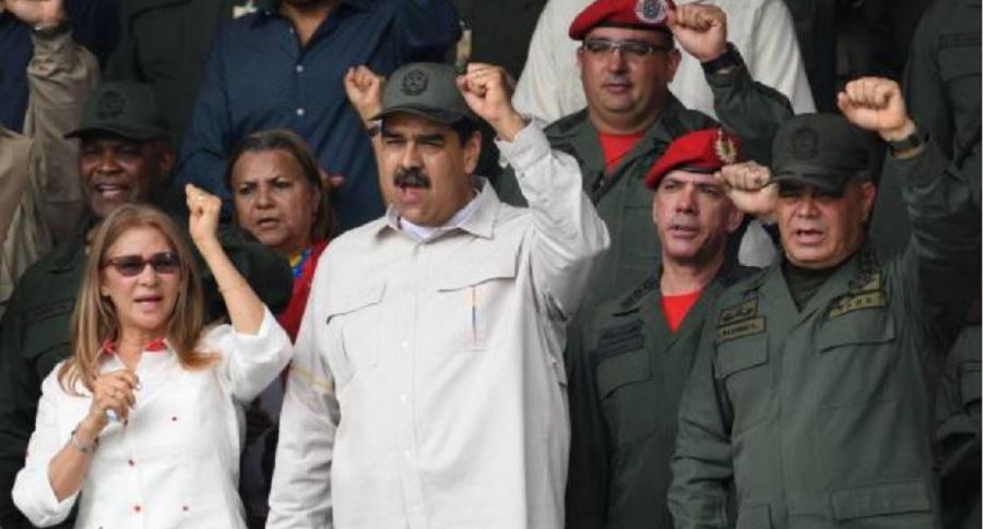 Cilia Flores, Nicolás Maduro y Vladimir Padrino