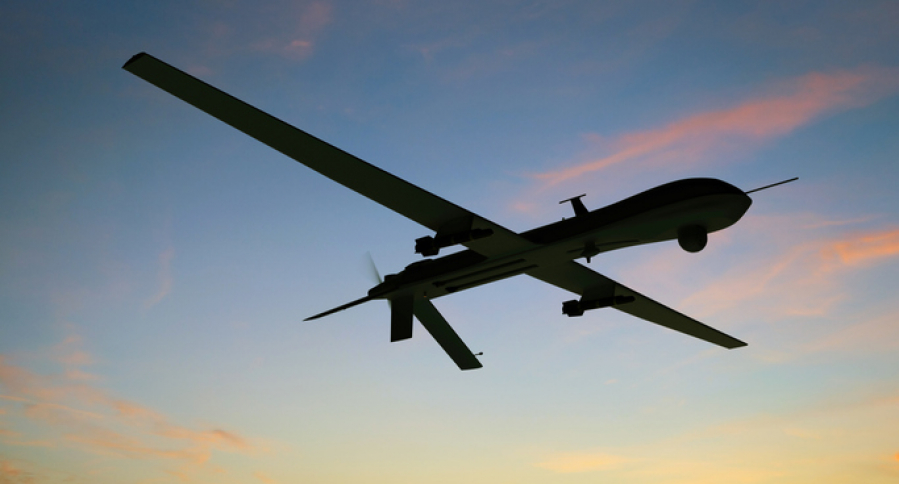 Dron militar