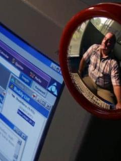 ¿Le gusta ver pornografía? Lanzan alerta por lo que Facebook y Google hacen ahora