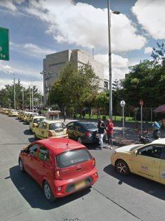 Congestión en la Calle 26 por manifestación en Monumento a los Héroes Caídos