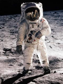 El mundo pudo ver primera caminata humana en la Luna, pero no desde EE.UU.