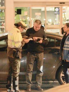 Se puso dura la situación en El Dorado: multados 13 conductores de 'apps' de transporte