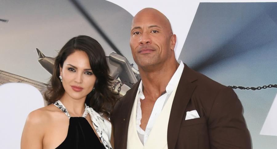 Eiza Gonzalez y Dwayne Johnson