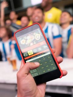 Lanzan alerta por apuestas del fútbol colombiano por Internet; estos serían los riesgos