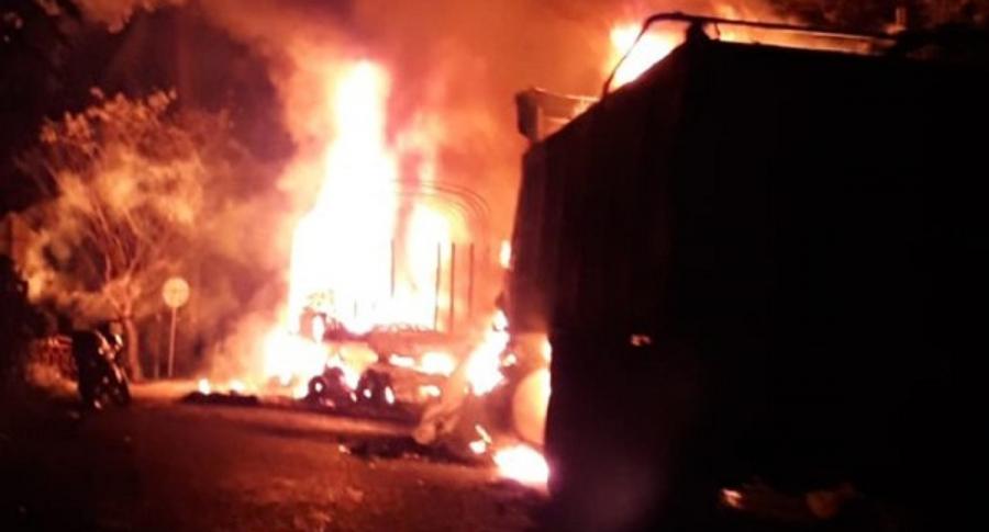 Vehículos en llamas