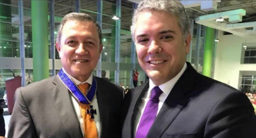 Ernesto Macías e Iván Duque