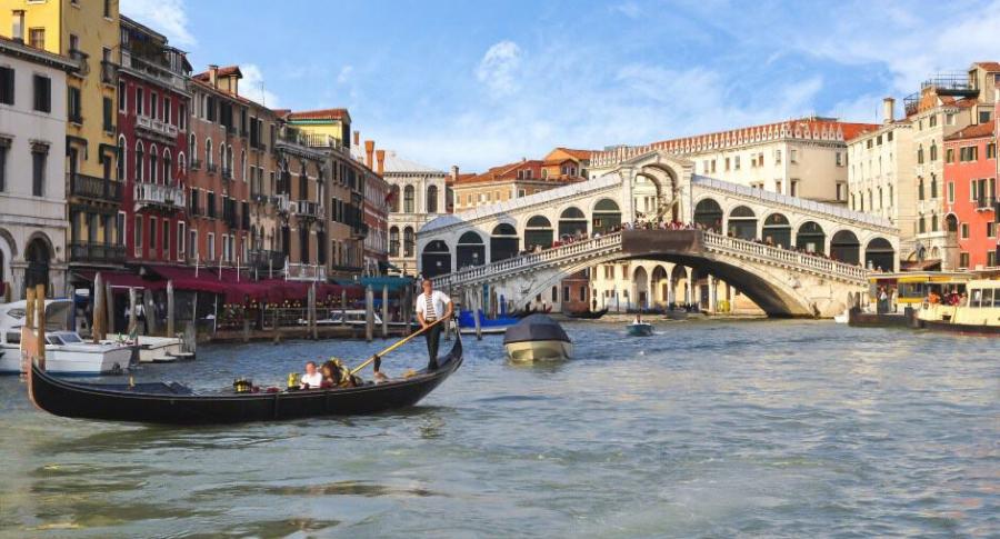 Puente de Rialto, en Venecia.