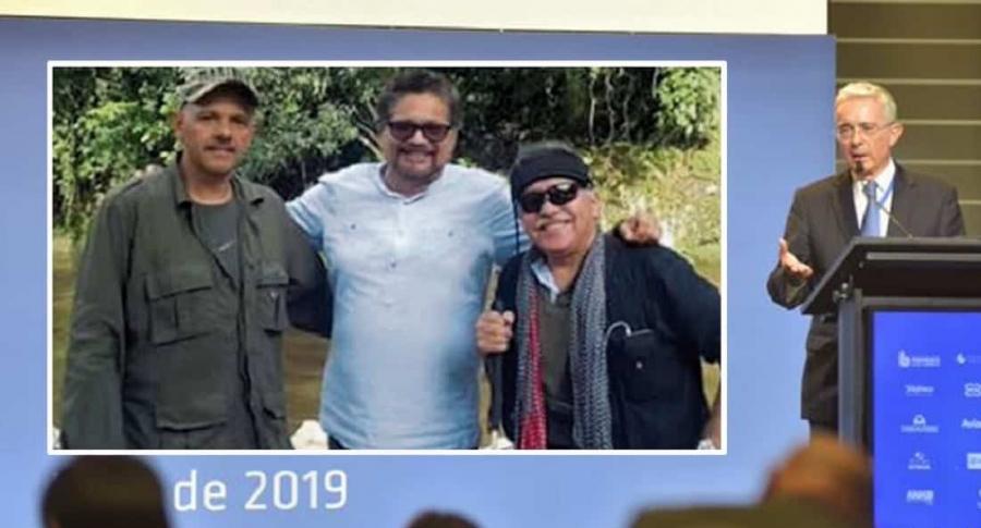 'El Paisa', 'Iván Márquez', 'Jesús Santrich' y Álvaro Uribe