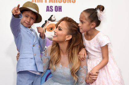 Jennifer Lopez con su hija Emme y su hijo Max, 2015