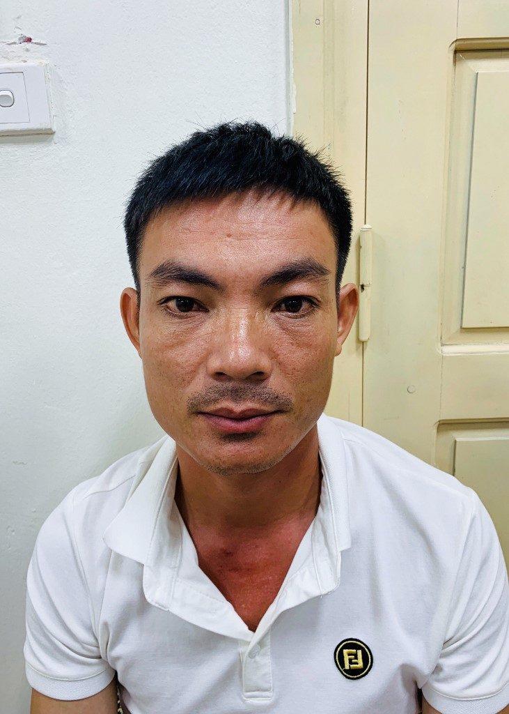 Hombre detenido por llevar tigres congelados.