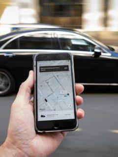Uber convirtió en empleados a conductores en California; vean lo que hicieron allá