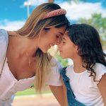 Daniela Ospina, modelo, con su hija, Salomé Rodríguez.